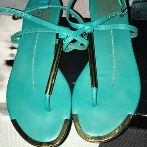 🔥Dolce Vita🔥 Flat Sandals